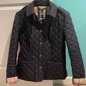💯 Auth Burberry Quilt Jacket size Small